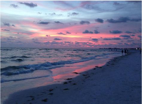 Junior Mikayla Johnson took this photo for the Sunrise/Sunset Challenge.