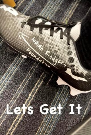 This photo was taken from Isaiah Rodgers Instagram story. The design printed on the shoe is Kamlowskys design